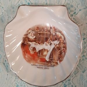 Old Vintage Shell Dish Hanely English Ware Dickens